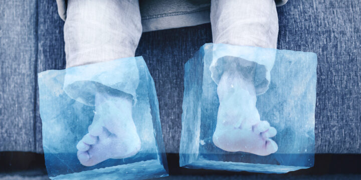 cold feet - feet in ice cubes